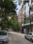 Cho thuê nhà đẹp cạnh khu liên cơ các sở hà nội, đường lạc long quân, võ chí công dt 100m2, 5 tầng